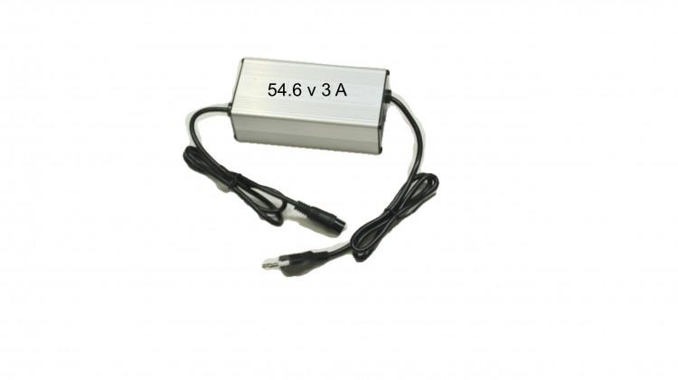 ЗАРЯДНОЕ УСТРОЙСТВО KUGOO M4 / M4 PRO 54.6 V 3A